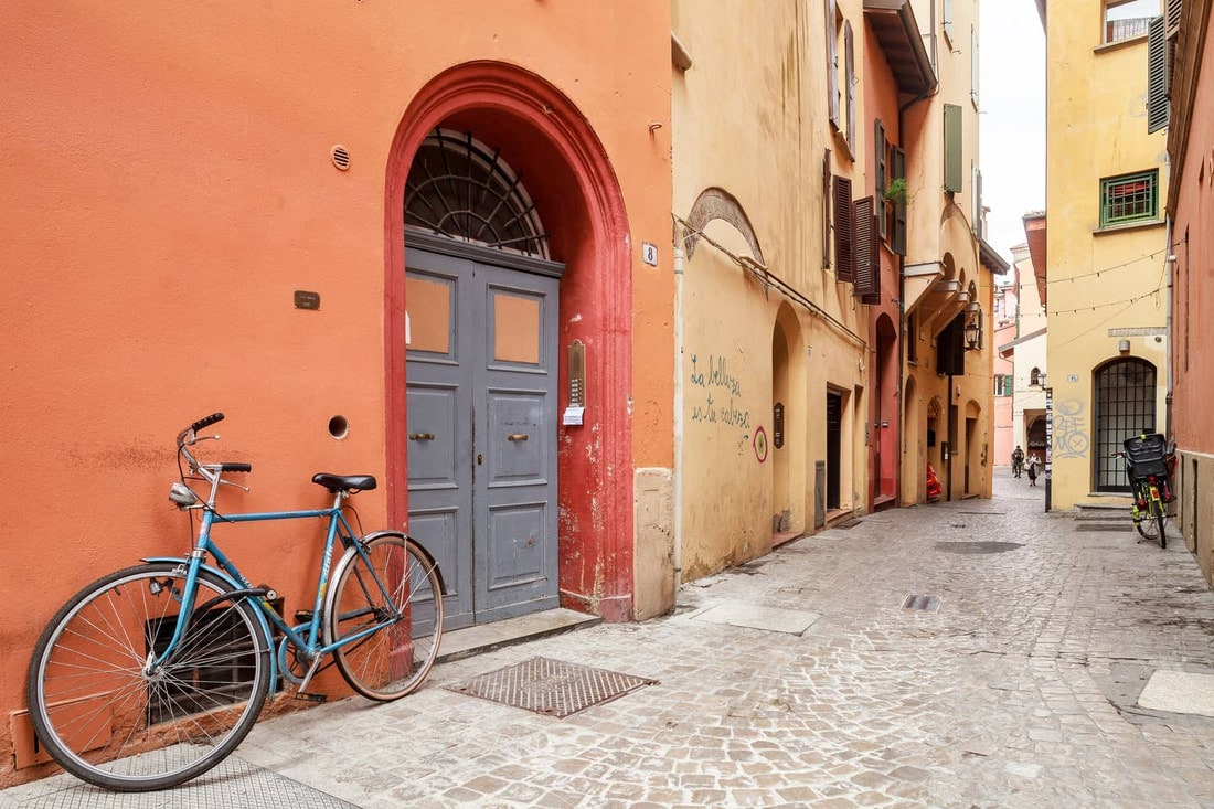 Best Airbnb in Bologna - Jewish ghetto