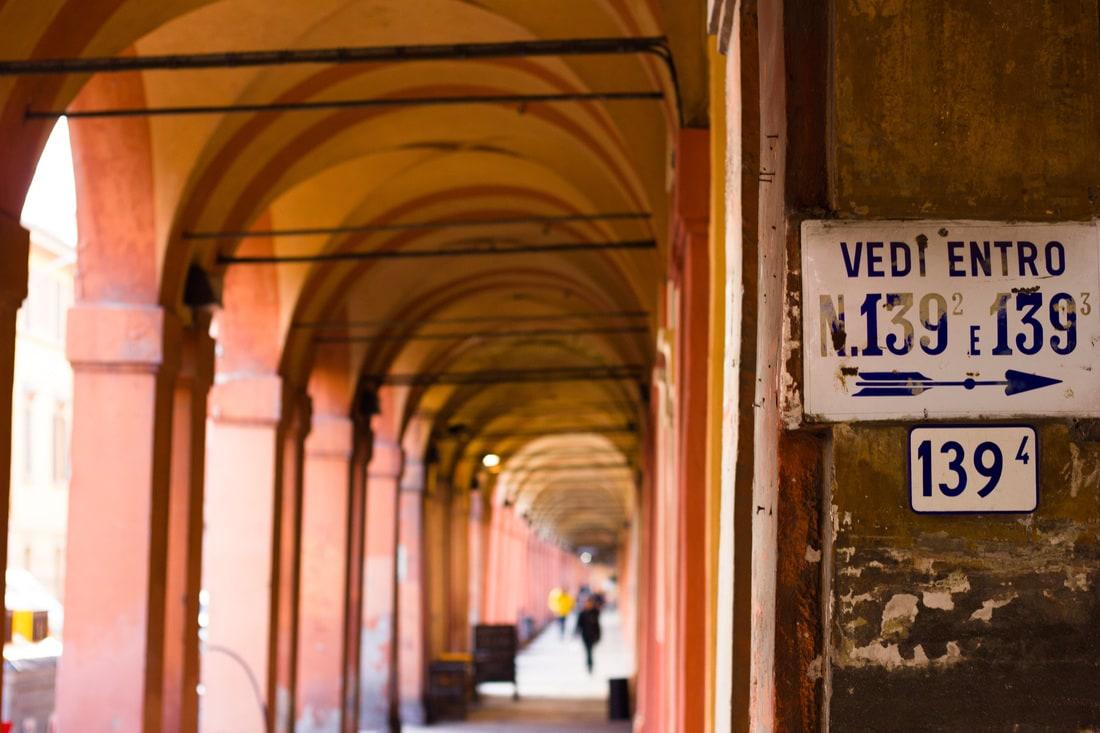 Bologna - Via Saragozza Portici