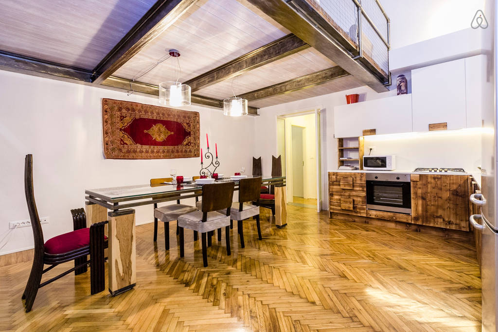 Best Airbnb in Bologna - Living room