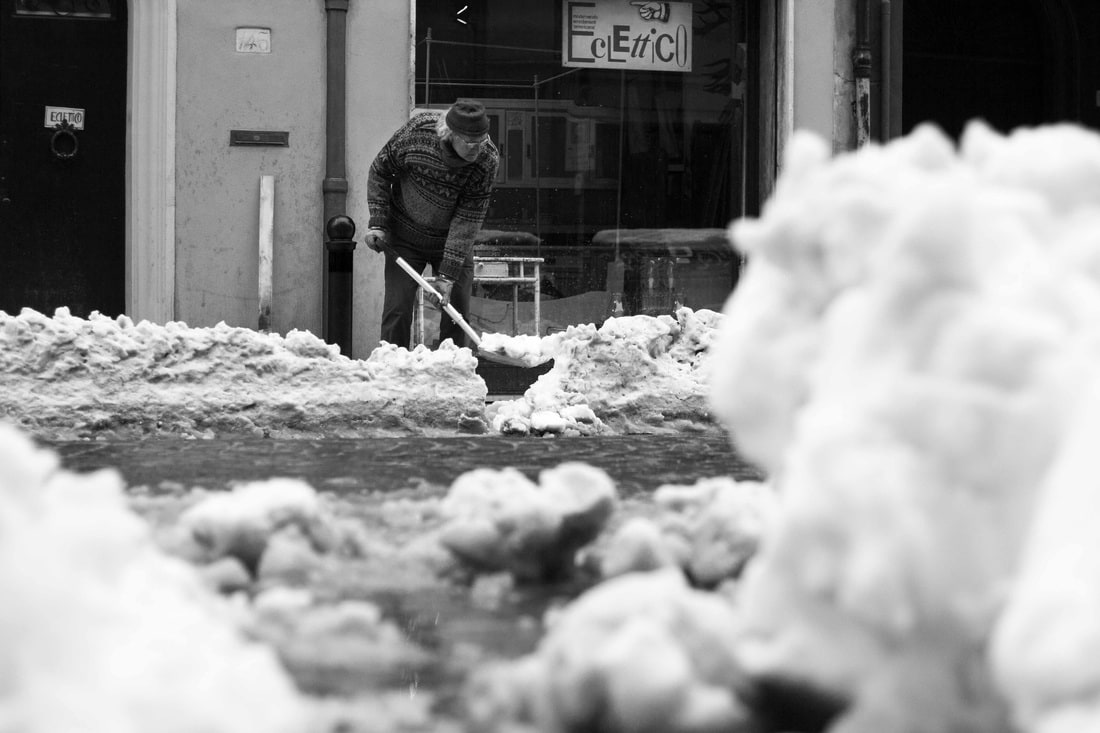 Bologna snow 2015 - Shovel