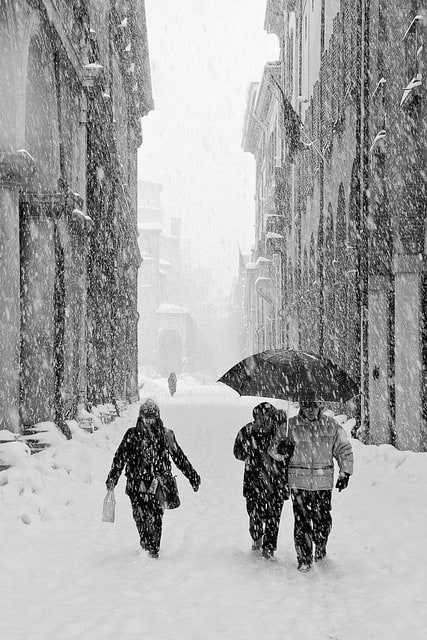 Via Zamboni, Bologna under the snow