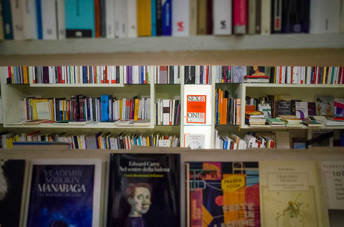 Bologna bookshop - Books