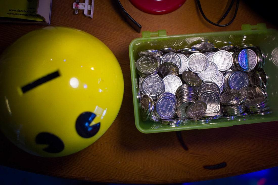 Spazio Tilt - Pinball museum Bologna - Free coins and Pac Mac