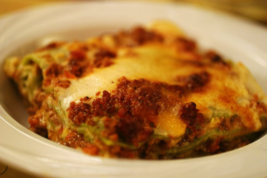 Budget restaurant in Bologna - Lasagne bolognese at Osteria dell