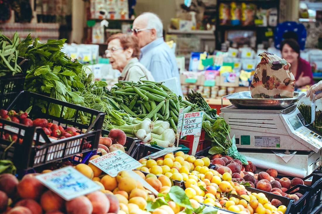 Italy food markets - Mercato Testaccio Roma
