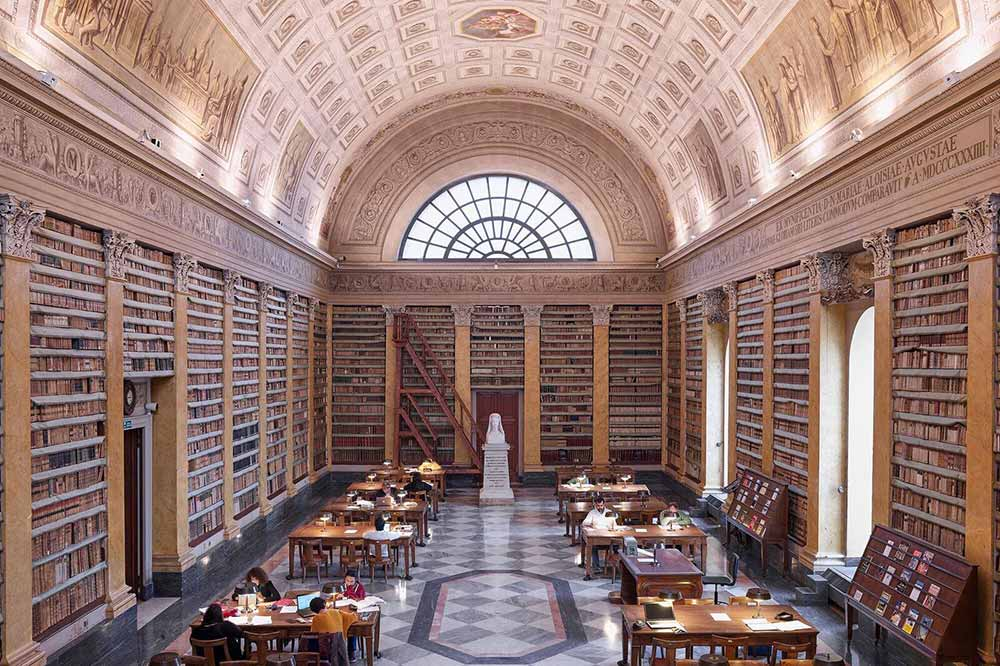 Libraries in Emilia Romagna - Biblioteca Palatina Parma