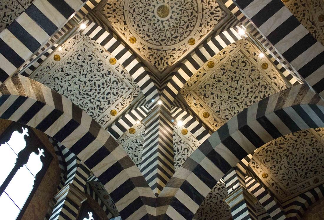 Rocchetta Mattei castle - Ceiling