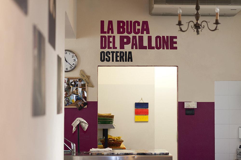 Travel solo in Bologna: hostel and osteria Alberto Pallone