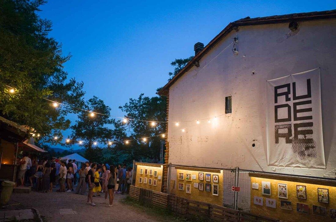 Summer in Bologna - Rudere