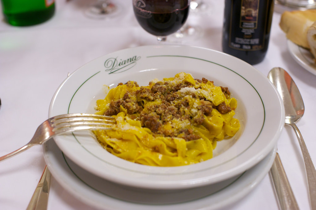 How to eat tagliatelle in Bologna - Tagliatelle al ragù at Diana