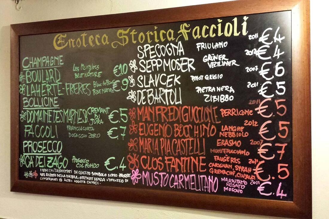 Drink wine in Bologna - Enoteca Storica Faccioli